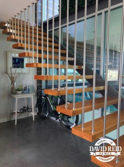 bike foyer 1